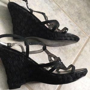 """Anne Klein shoes 8.  Heel 4.5"""" platform 3/4""""."""